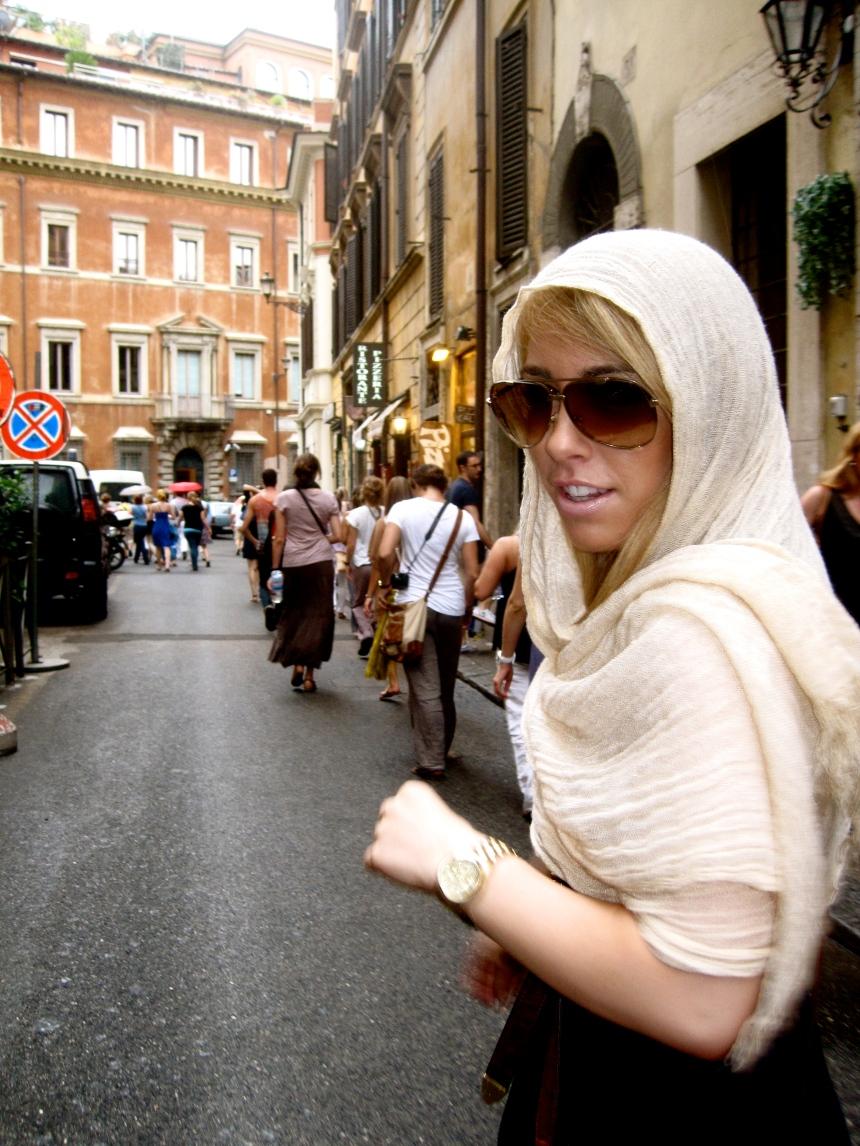 Giggles in Rome