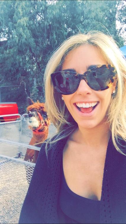 #llamaselfie